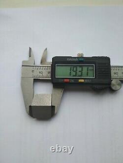 Un Morceau De Forage. Diamètre 112mm (44.09 Pouces)2 3 / 8reg Forage D'eau. Bien-être Du Gaz De Pétrole